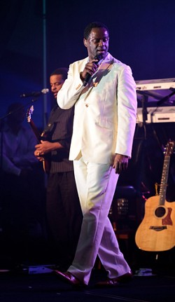 <strong>Brian McKnight</strong> performed in the Poinciana Ballroom to a crowd of close to 700. <em>*Photo by Kageaki Smith</em>