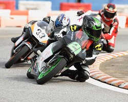 Starting in front: Bruce Degrilla had a great first race day to lead the GP125 Class. <em>*Photo by Ras Mykkal</em>